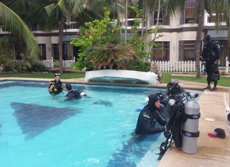dive club buceo bohol 4